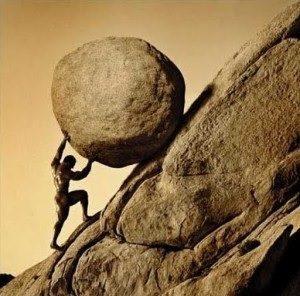 Сизиф катит камень на гору